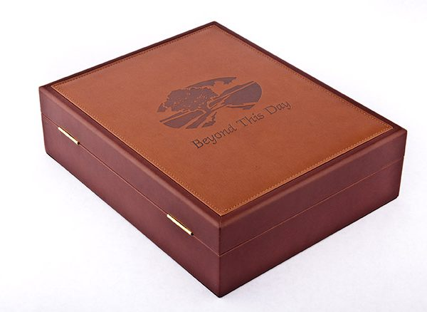Corporate Bereavement Gifts leatherette chest