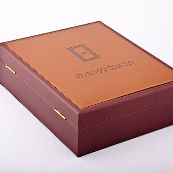 Corporate Memorial Gifts leatherette chest